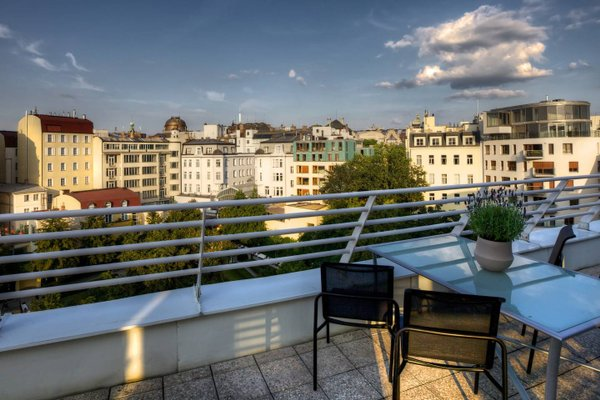 Franciscan Garden Apartments - фото 20