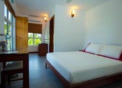Ariston Dhangethi Inn фото 3