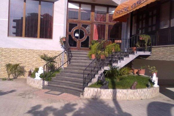 Onufri Hotel - фото 6