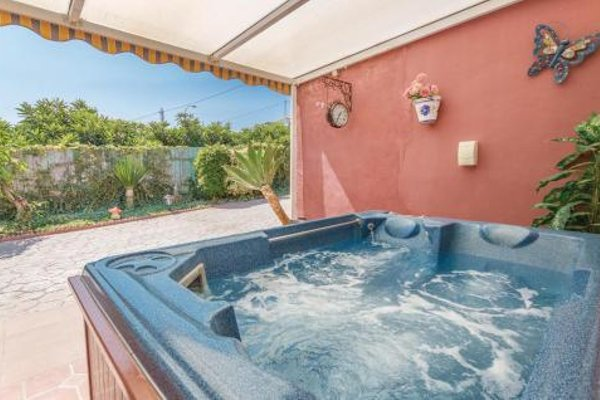 Holiday home Torrox 76 with Outdoor Swimmingpool - 5