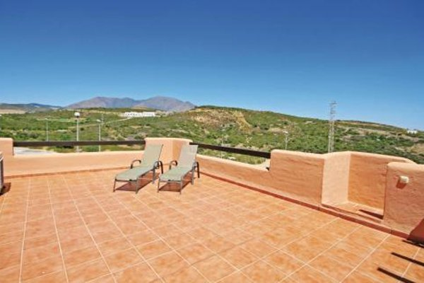 Apartment Casares 77 with Outdoor Swimmingpool - фото 7