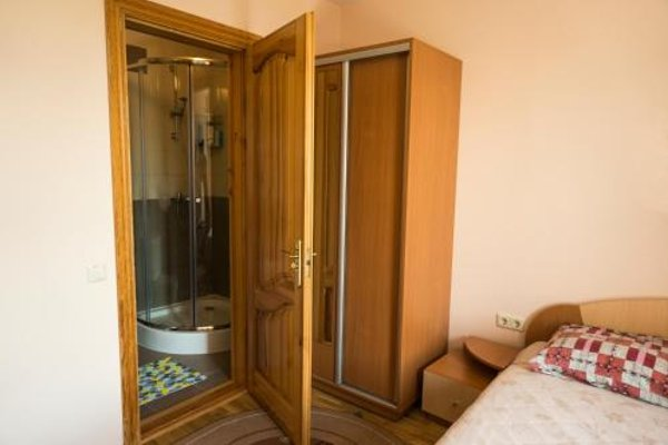 Viktoras Apartments - фото 9
