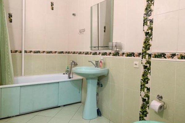 Apartments 4 on Arzhanovoy - фото 10