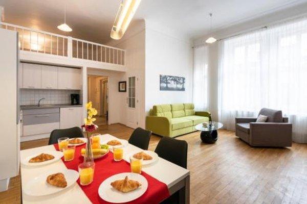 Hybernska Apartments - 10