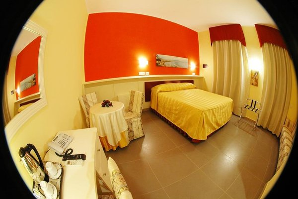 Capodichino International Hotel - фото 3
