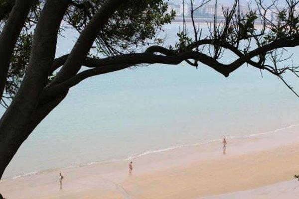 Concha Beach Apartment - SSHousing - фото 11