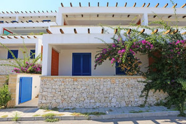 Terra Greci Apartments - фото 8