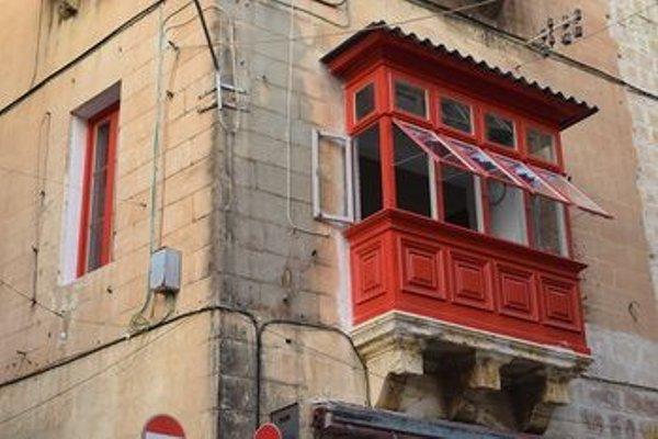 Valletta City Townhouse - фото 10