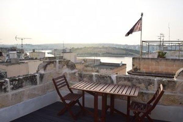 Valletta City Townhouse - фото 18