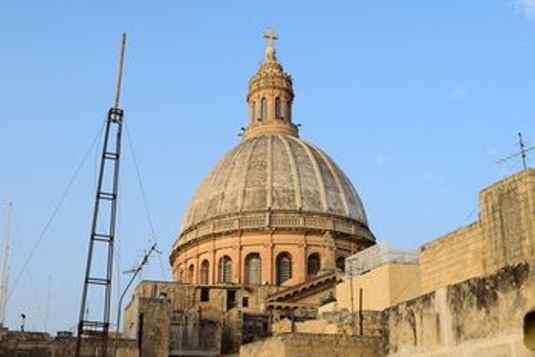 Valletta City Townhouse - фото 19