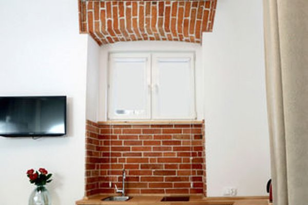 Clemens Apartments - 14