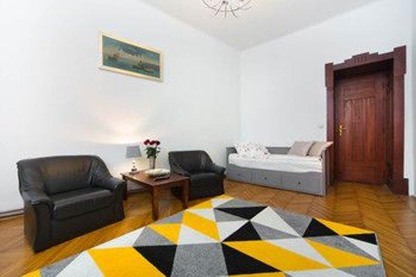 Clemens Apartments - 6