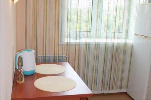 Подушка Апартаменты на Амурском Бульваре - фото 10