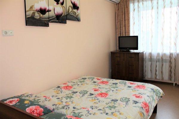 Подушка Апартаменты на Амурском Бульваре - фото 4