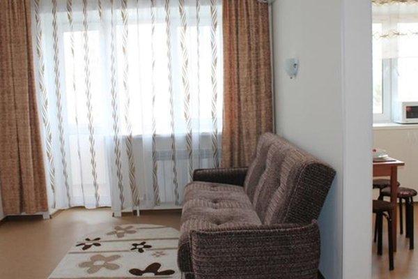 Подушка Апартаменты на Амурском Бульваре - фото 8