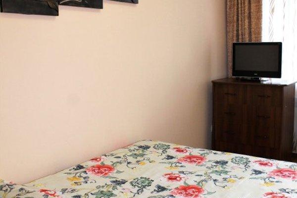 Подушка Апартаменты на Амурском Бульваре - фото 9