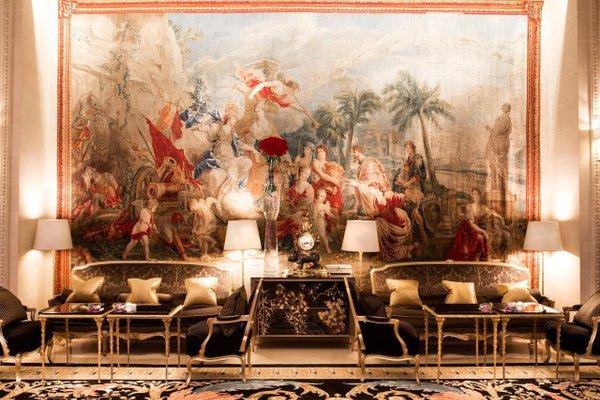Four Seasons Hotel George V Paris - фото 4
