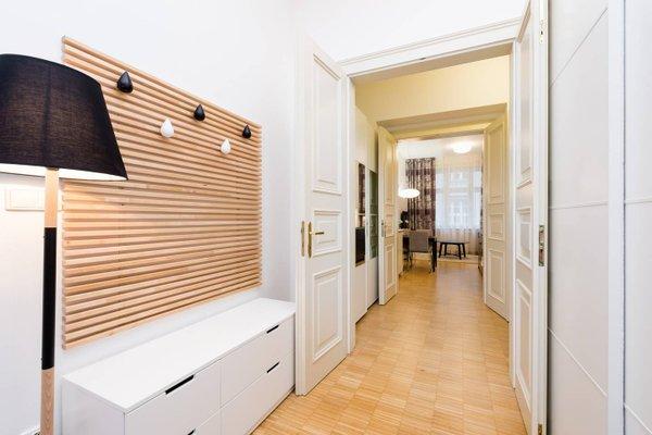 Modern Apartment Charvatova - фото 11