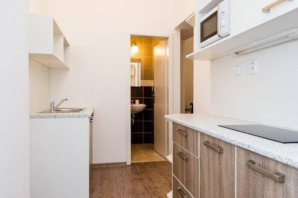 Modern Apartment Navratilova II - фото 16