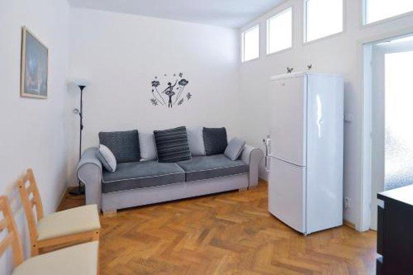 Modern Apartment Navratilova II - фото 9