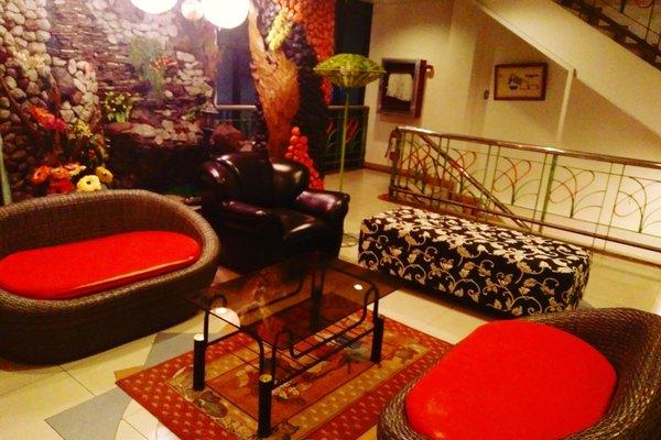 Tabaco Gardenia Hotel - 9