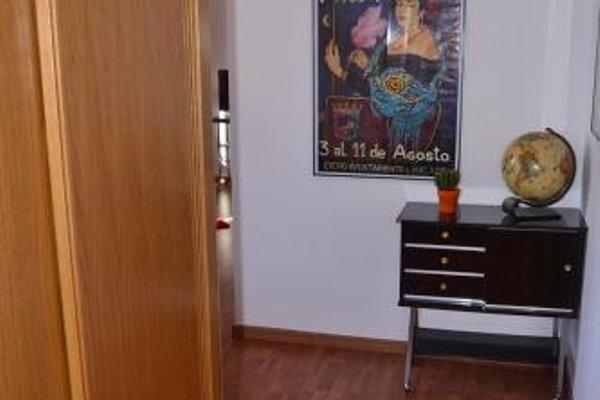 Shiny Malaga Apartments - 11