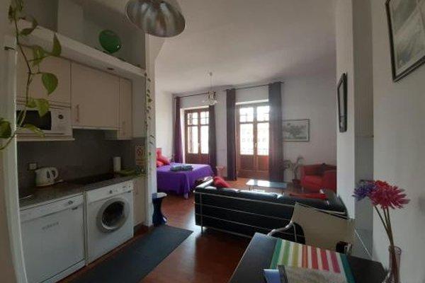 Shiny Malaga Apartments - 12
