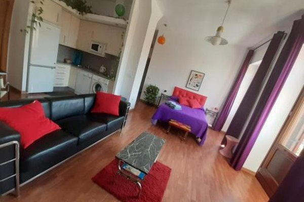Shiny Malaga Apartments - 15