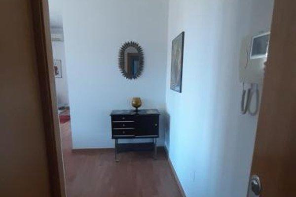 Shiny Malaga Apartments - 16