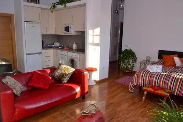Shiny Malaga Apartments - 18