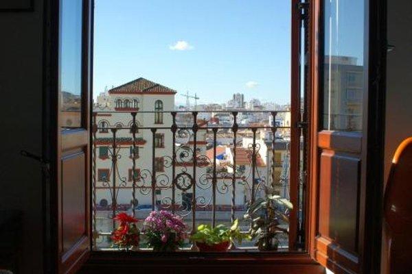 Shiny Malaga Apartments - 19