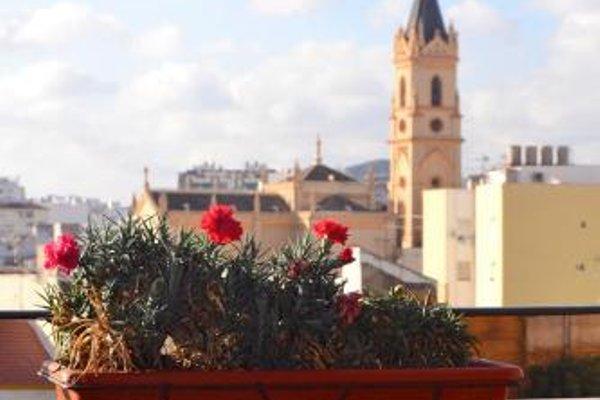 Shiny Malaga Apartments - 23