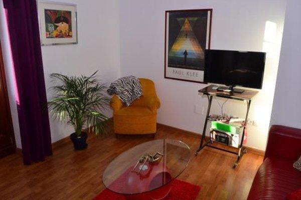 Shiny Malaga Apartments - 6