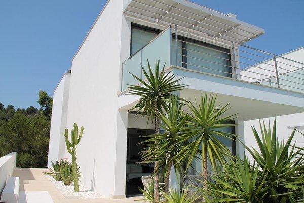 B Only Beach House - 9