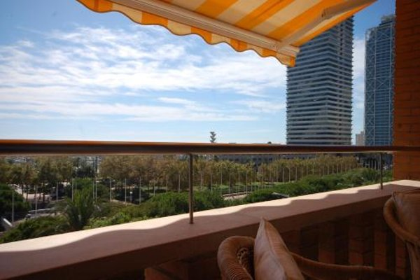 Lets Holidays Apartment Sea Views in Barcelona - фото 40