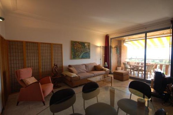 Lets Holidays Apartment Sea Views in Barcelona - фото 20