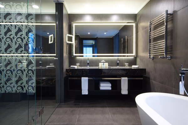 DoubleTree by Hilton Минск - 5