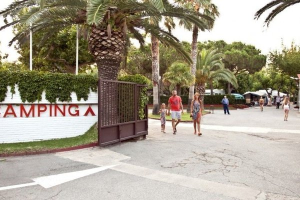 La Siesta Salou Resort - фото 10