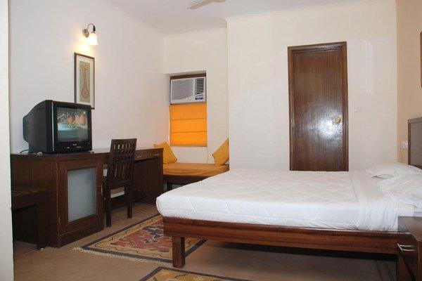 Hotel Rajdeep - 3