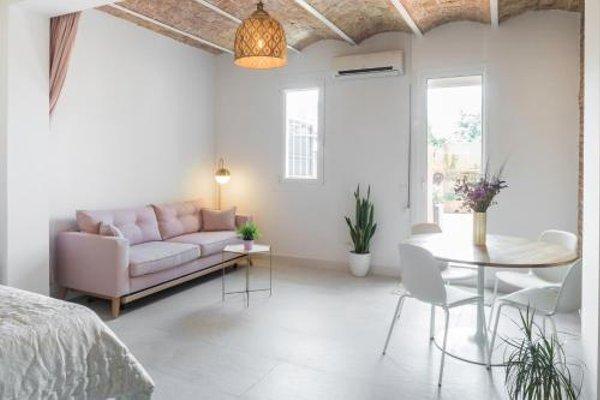 Apartment Cosmopolitan - фото 11