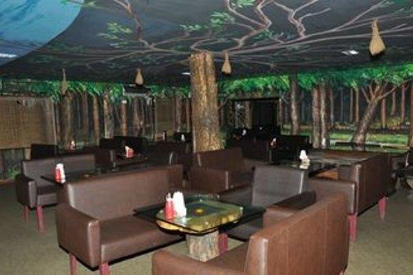 Aqua Green Hotel And Resort - Puzhal Lake - 12