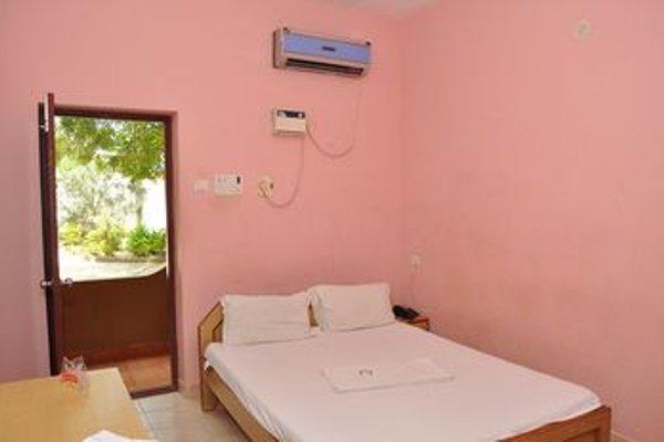 Aqua Green Hotel And Resort - Puzhal Lake - 4