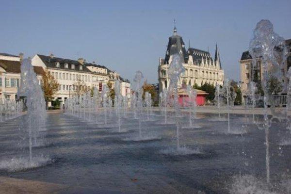 Premiere Classe Chartres Sud - Barjouville - 17