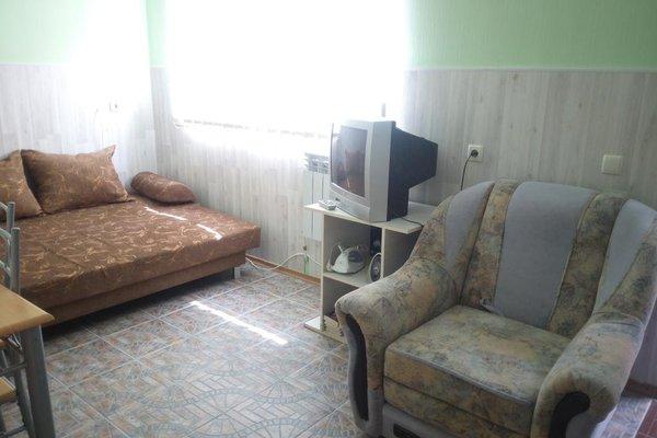 Гостевой Дом Усадьба в Массандровском Парке - 6