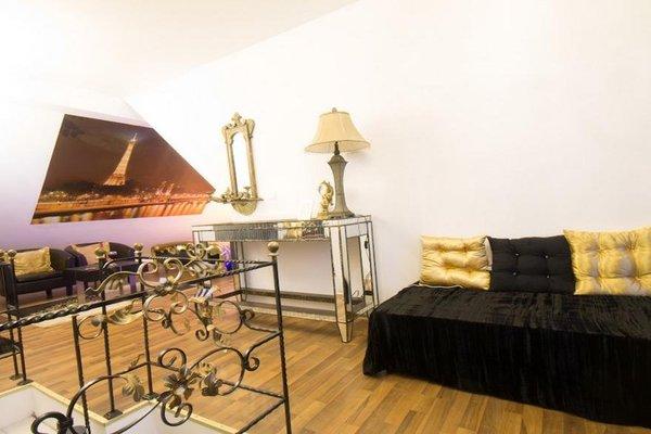 Penthouse Suites Gold - 50