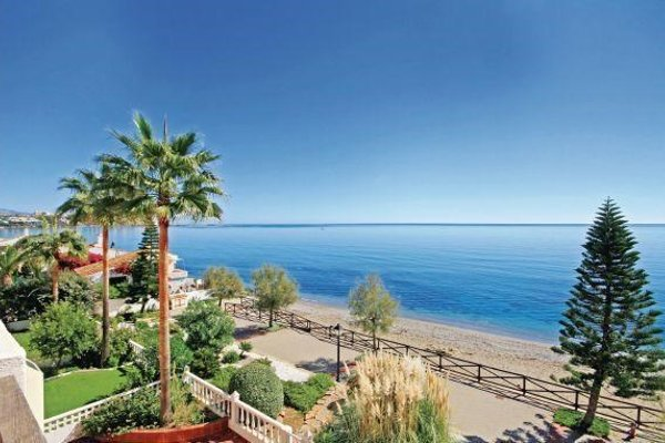 Two-Bedroom Apartment Estepona with Sea view 06 - фото 20