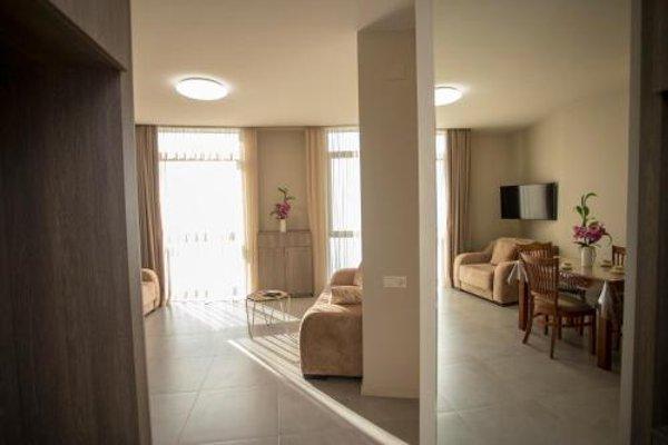 Apartment Natalia Sea Towers - фото 17