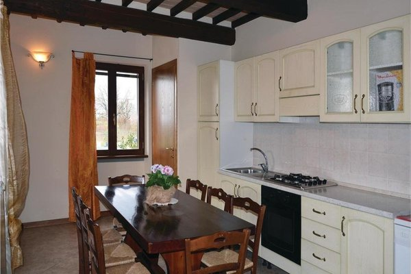 Four-Bedroom Holiday home Camucia with a Fireplace 07 - 11