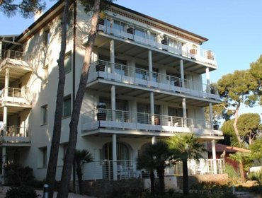 Гестхаус Boutique Apartments in Guest House Cap Martin