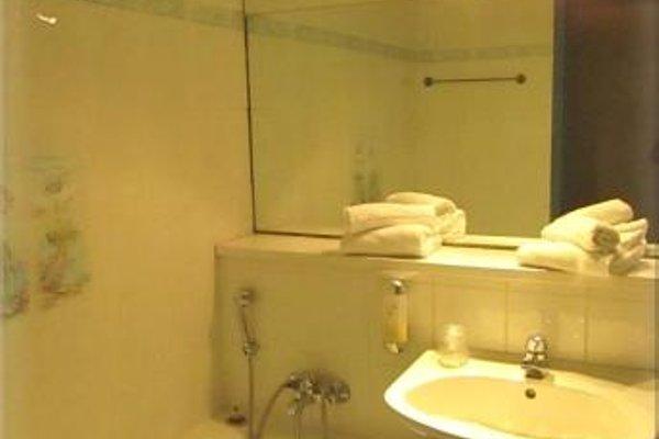 Aix Hotel - фото 7